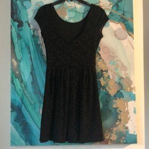 ❤️love.. ady Black Lacey dress. Soft on the inside